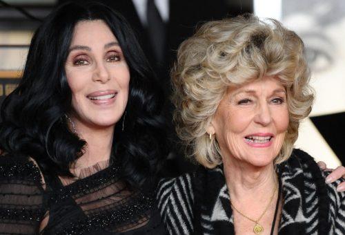 Cher 94 éves édesanyja elképesztő formában van