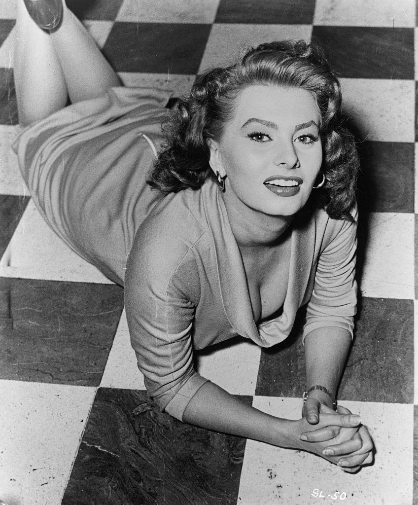 Sophia-Loren-hollywoodi-szepsegpraktikak