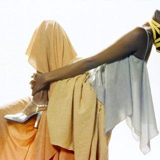 Burundi hercegnőjéből az első fekete topmodell: Esther Kamatari kalandos története