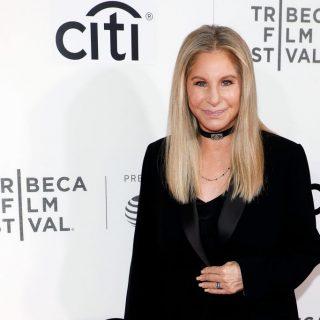 Barbra Streisand Disney-részvényeket vásárolt George Floyd lányának