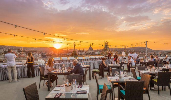 Elképesztő a kilátás Budapest legjobb rooftop bárjaiból