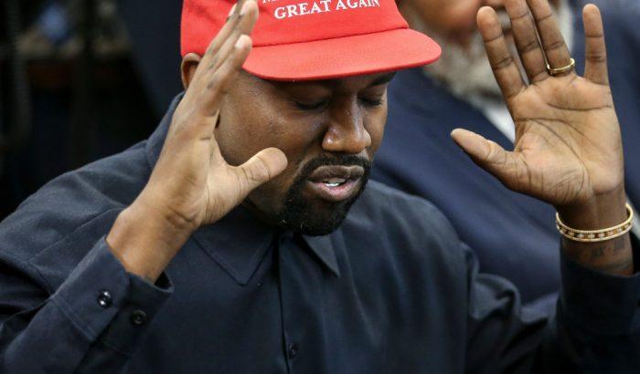Kanye West őrült ámokfutást rendezett a Twitteren – Vajon a házassága is rámehet?
