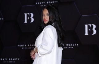 Rihanna új zene helyett helyett arckrémjeivel akar milliárdos lenni