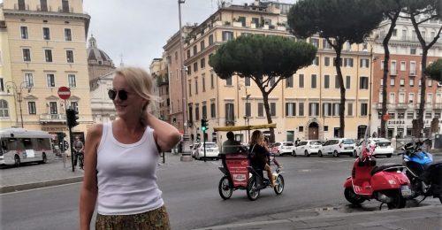 Pánczél Andrea: Rómában az ölelés a legjobb