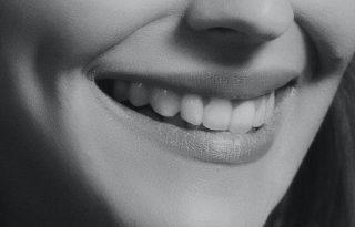 Ezért ne mossunk étkezés után rögtön fogat