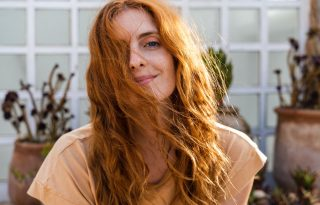Olajterápia: gyógyír a töredezett hajvégeknek