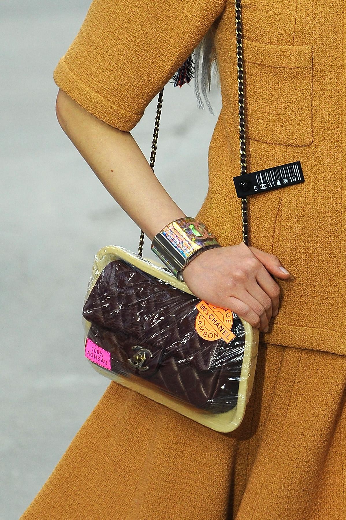 11. kép: Chanel táska 2014-ből