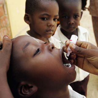 Gyermekbénulás-mentesnek nyilvánították Afrikát