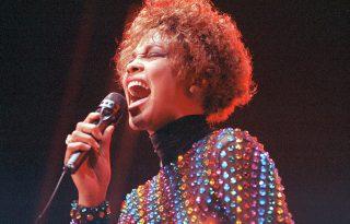 Ma lenne 57 éves - Összegyűjtöttük Whitney Houston legszebb dalait