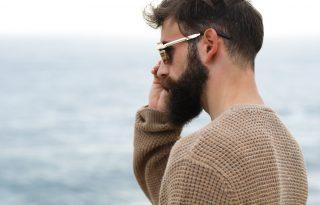 Így vasalják a szakállukat a hipszterek