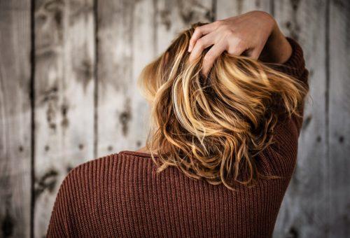 Okozhat hajhullást a koronavírus?