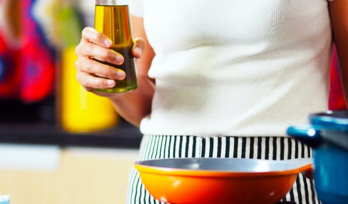 Olíva, kókusz, napraforgó: melyik olajjal a legegészségesebb a főzés?