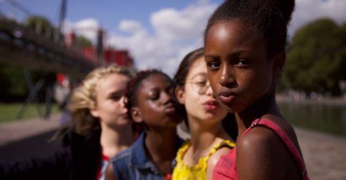 Gyerekpornó vagy társadalomkritika – Miről szól valójában a Cuties, a Netflix botrányfilmje?