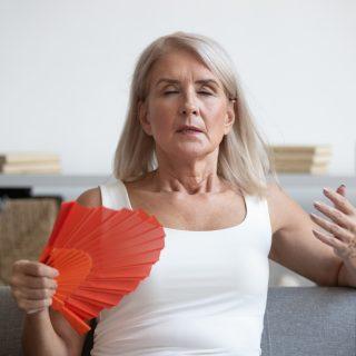 Ne legyen tabu a menopauza: akit a menopauza szele megcsapott