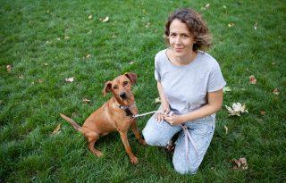 Hétköznapi hősök: Dörflinger Edina, a Mindenki Fogadjon Örökbe Egy Kiskutyát önkéntese