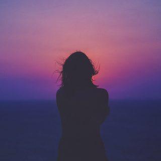 7 testi tünet, amelyet a magány okozhat
