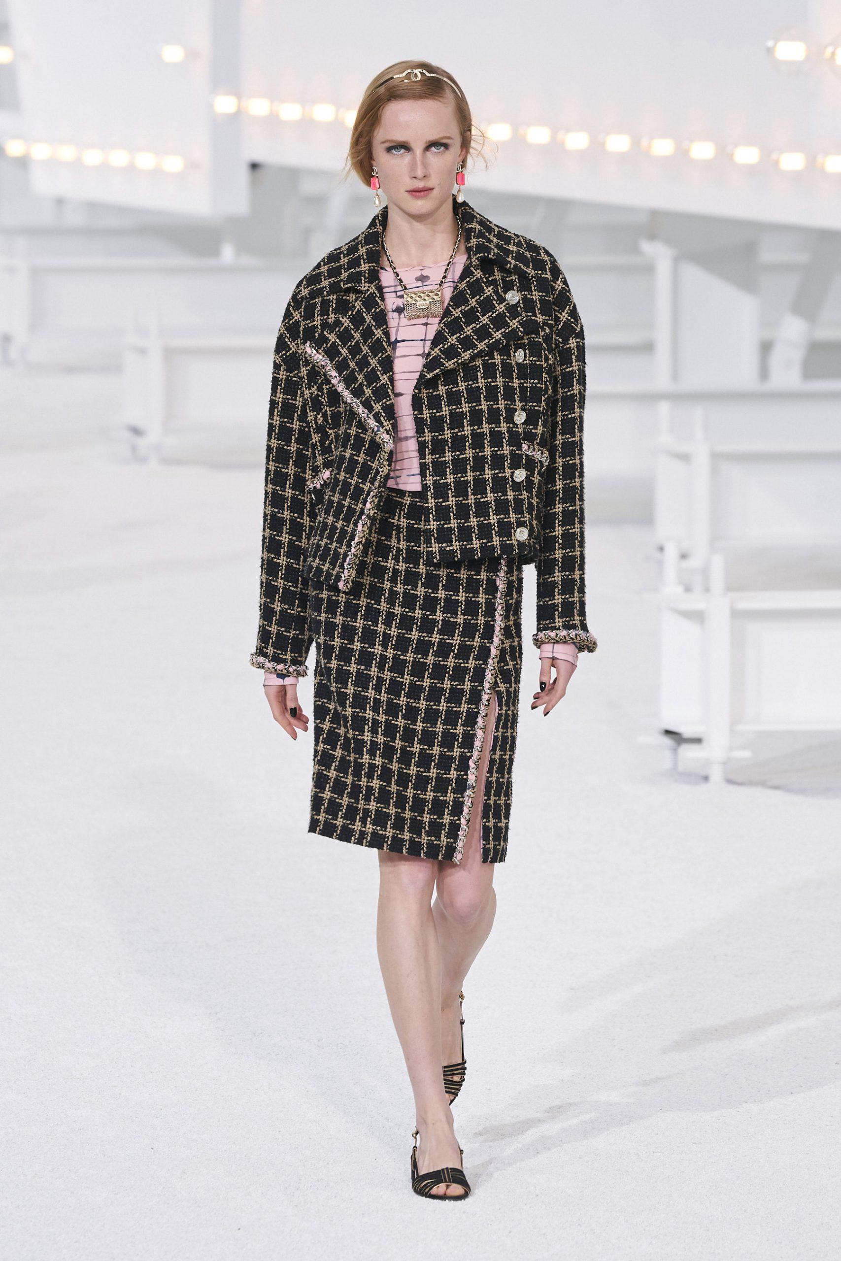 11. kép: Párizsi Divathét - Chanel - 2021 tavasz-nyár - ready to wear