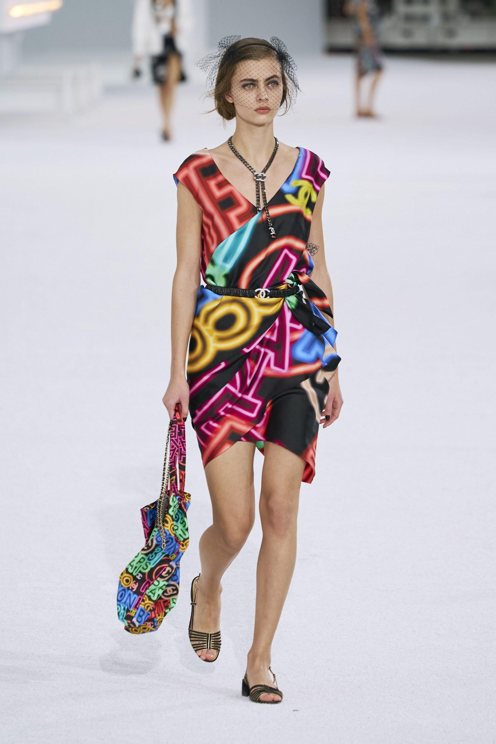 17. kép: Párizsi Divathét - Chanel - 2021 tavasz-nyár - ready to wear