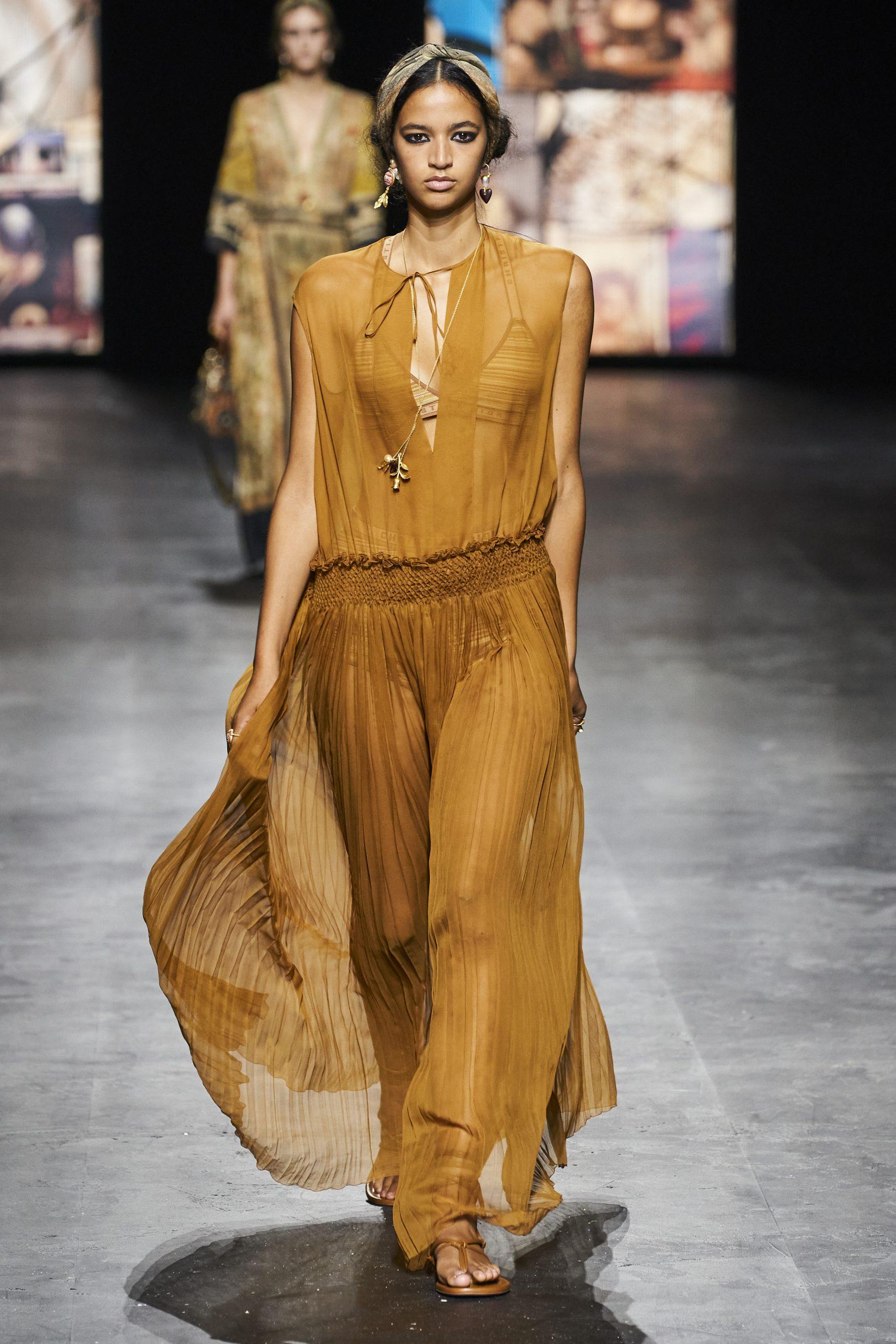 4. kép: Párizsi divathét - Christian Dior - 2021 tavasz-nyár - ready to wear