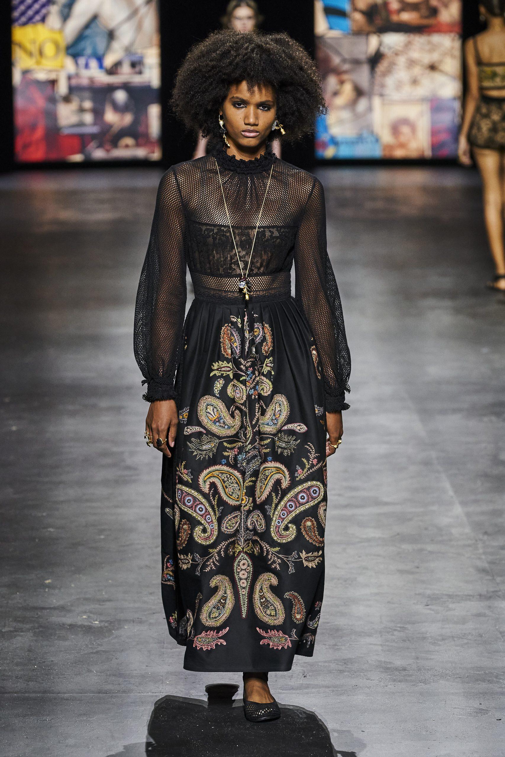 8. kép: Párizsi divathét - Christian Dior - 2021 tavasz-nyár - ready to wear
