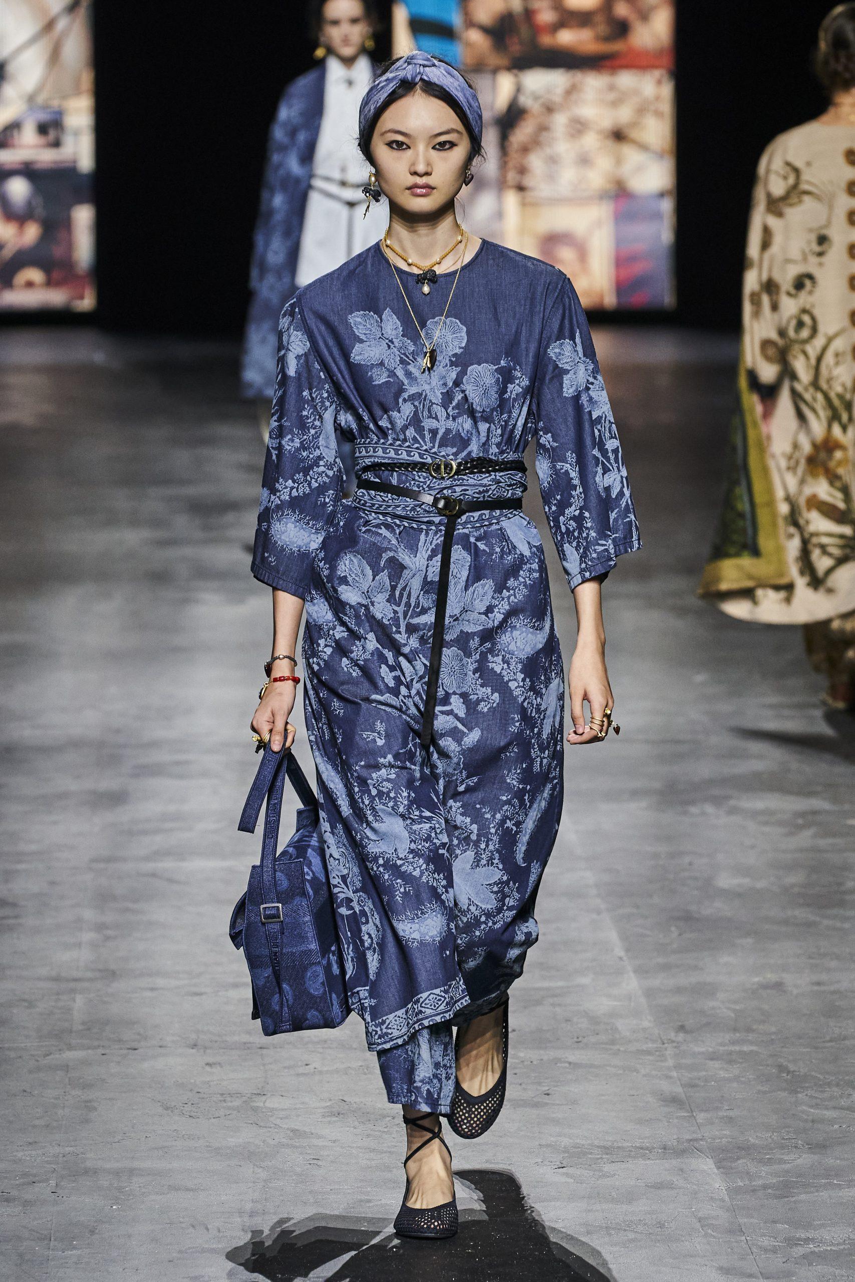 18. kép: Párizsi divathét - Christian Dior - 2021 tavasz-nyár - ready to wear