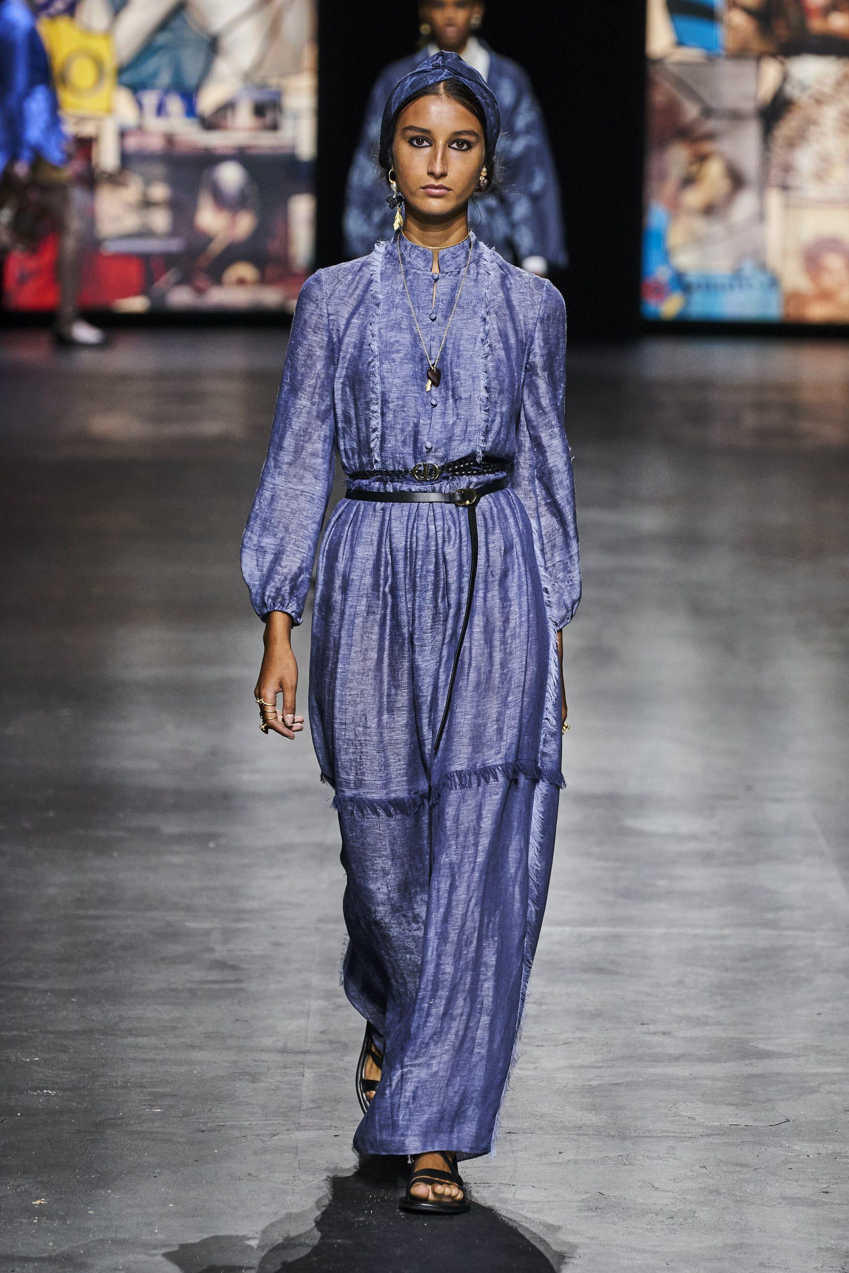 17. kép: Párizsi divathét - Christian Dior - 2021 tavasz-nyár - ready to wear