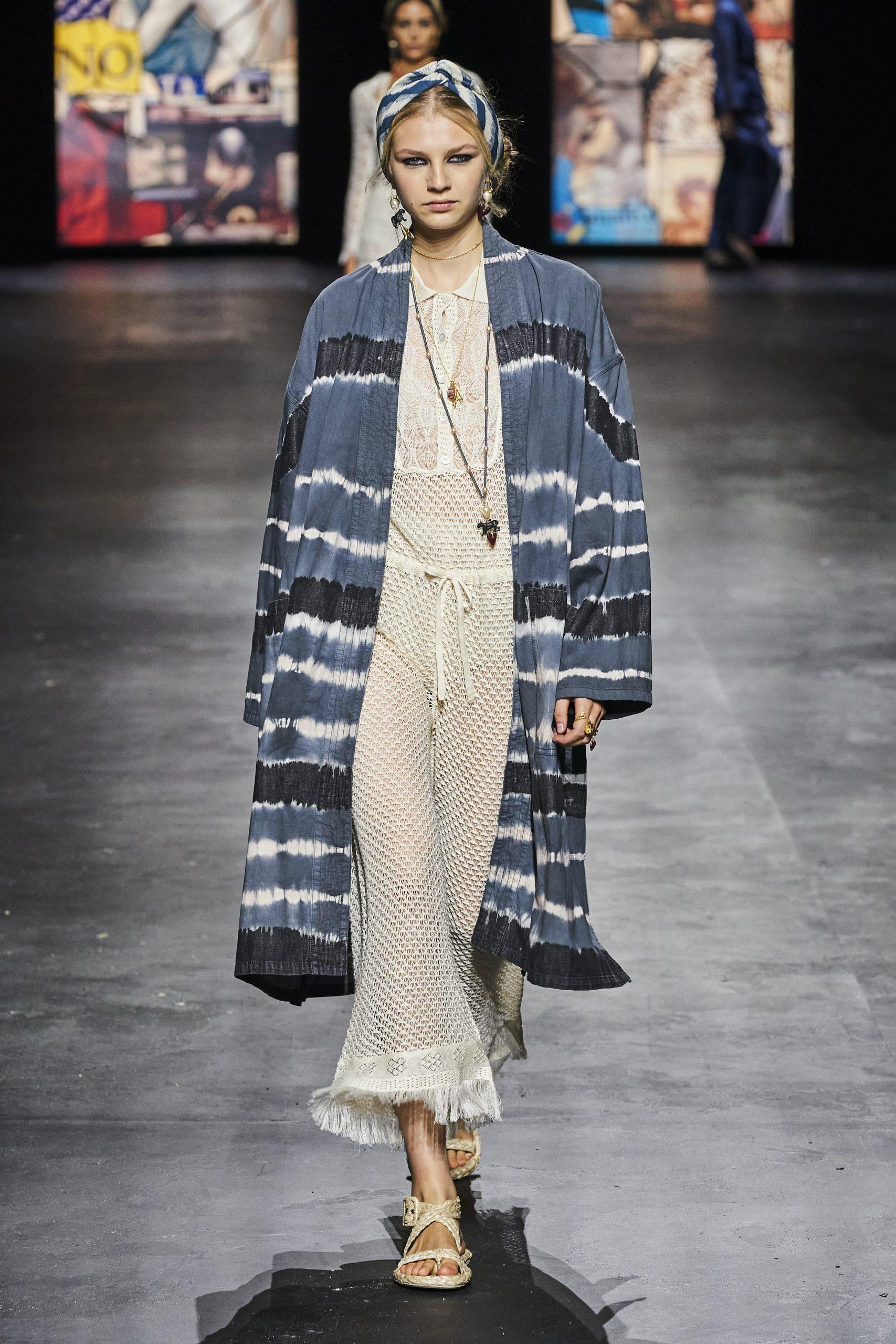 16. kép: Párizsi divathét - Christian Dior - 2021 tavasz-nyár - ready to wear