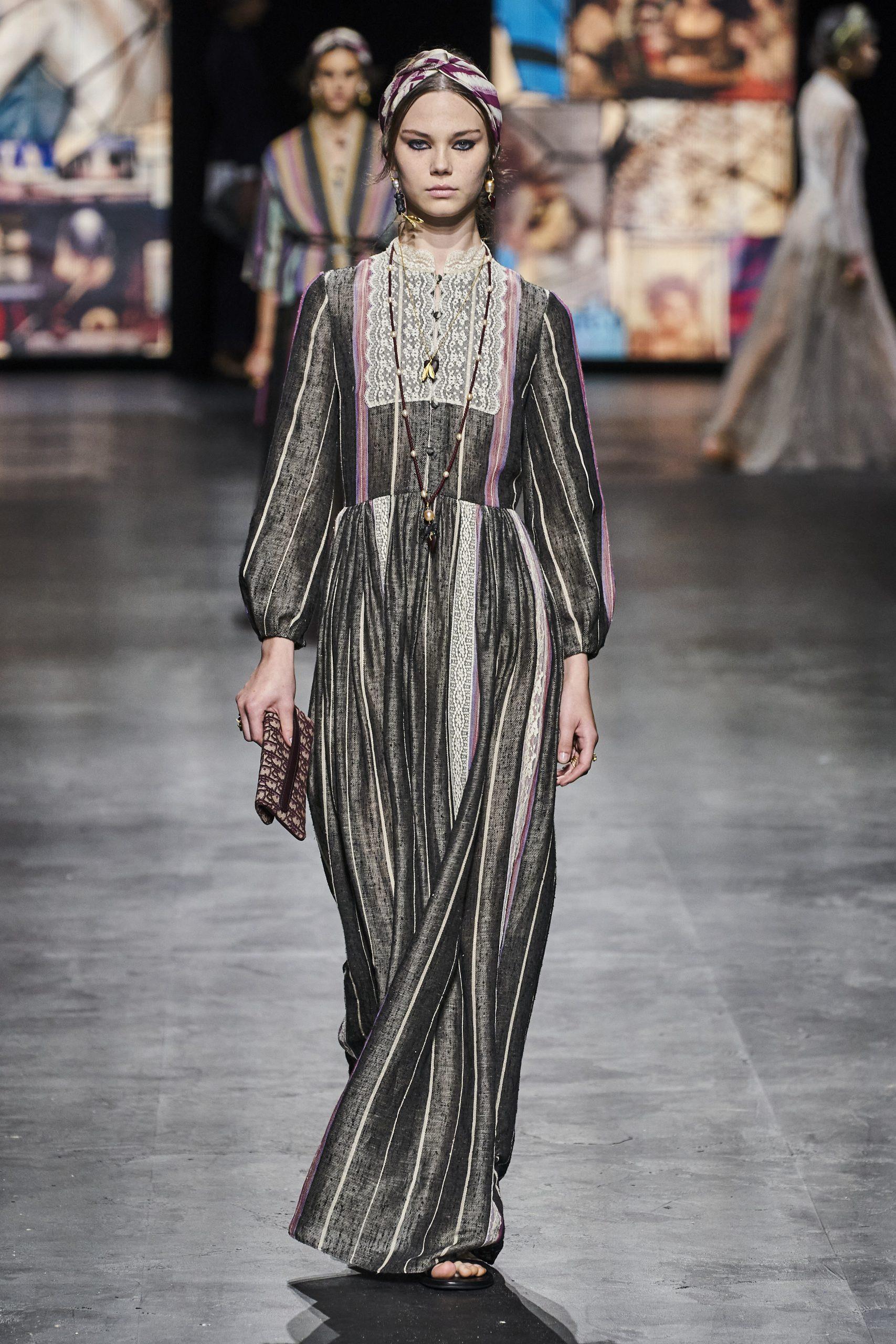 9. kép: Párizsi divathét - Christian Dior - 2021 tavasz-nyár - ready to wear