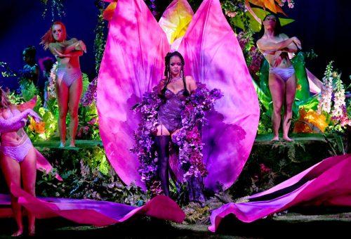 Rihanna divatbemutatója őrületes show-vá fajult