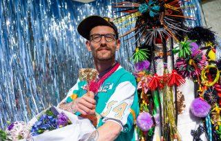 Műanyagból készült luxustermékekért kapott rangos díjat a divattervező