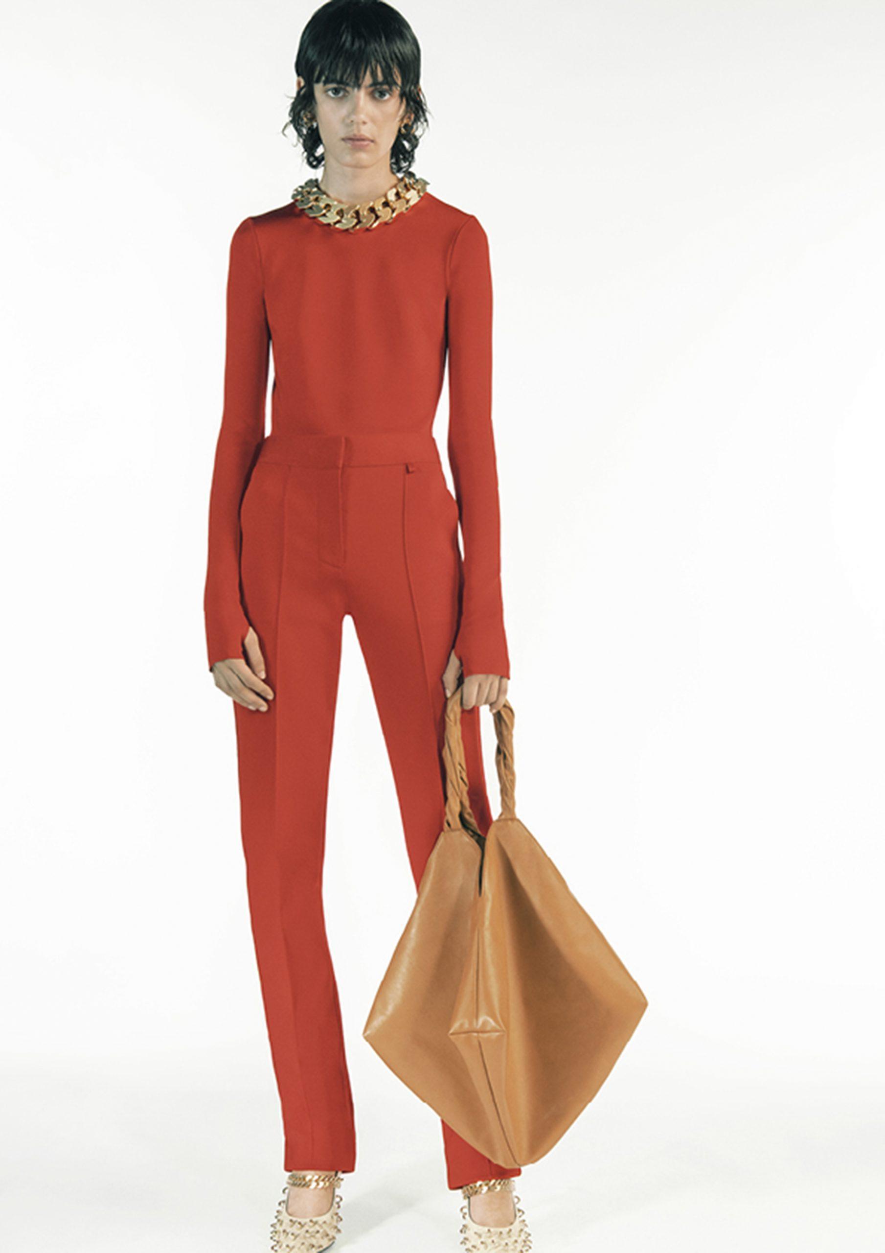 7. kép: Párizsi divathét - 2021 tavasz-nyár - ready to wear - Givenchy