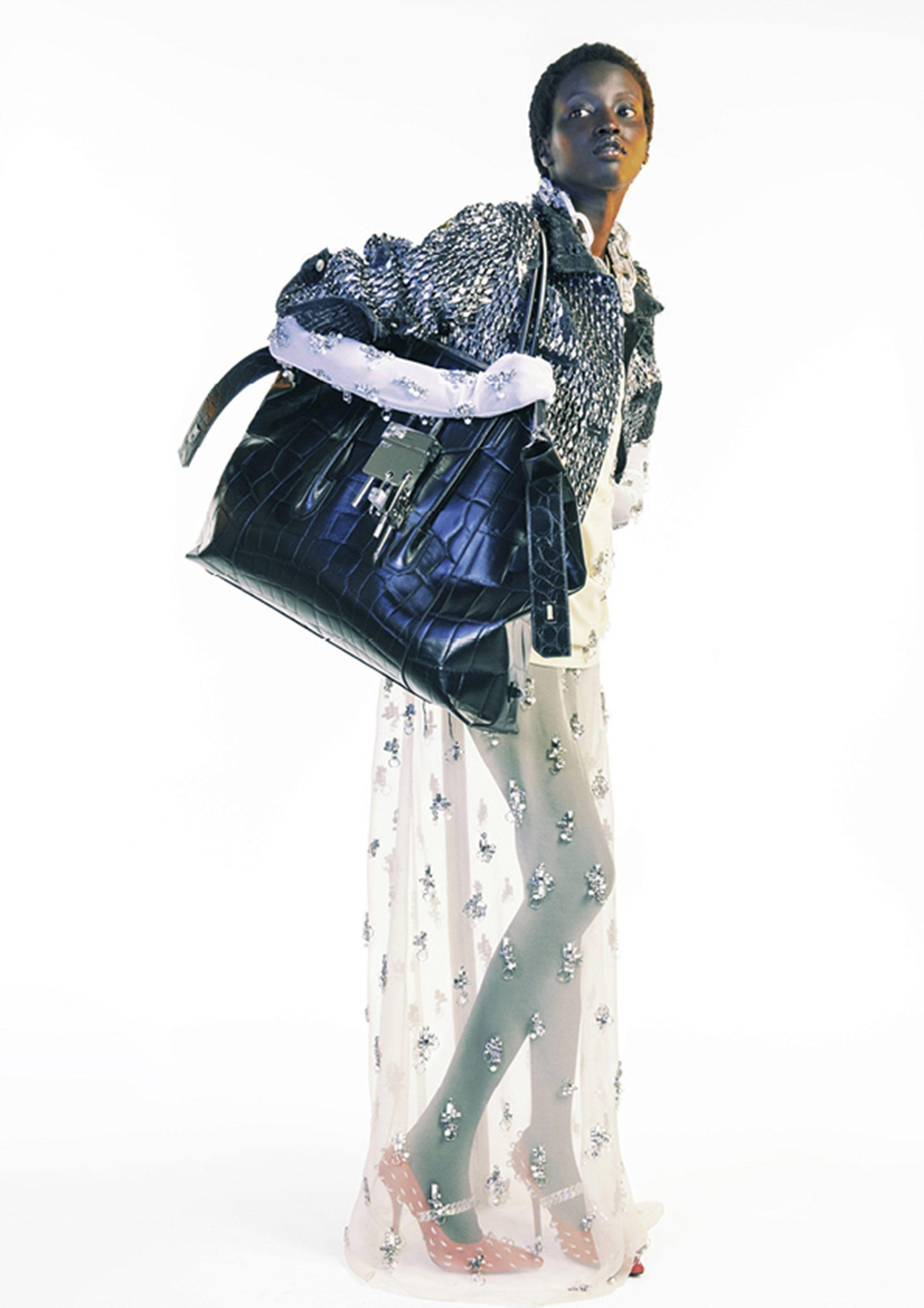 4. kép: Párizsi divathét - 2021 tavasz-nyár - ready to wear - Givenchy