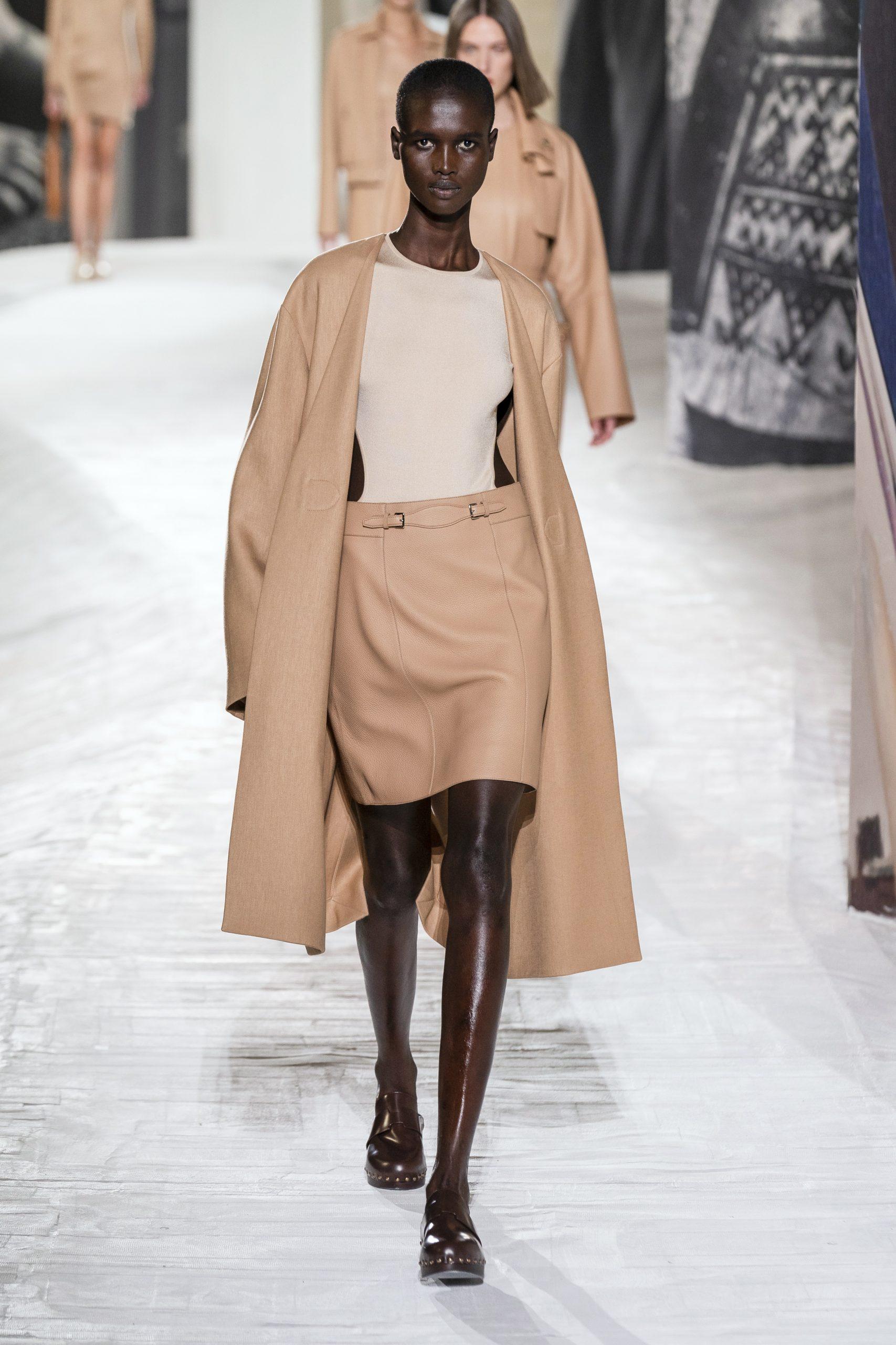 4. kép: Párizsi divathét - Hermès - 2021 tavasz-nyár - ready to wear