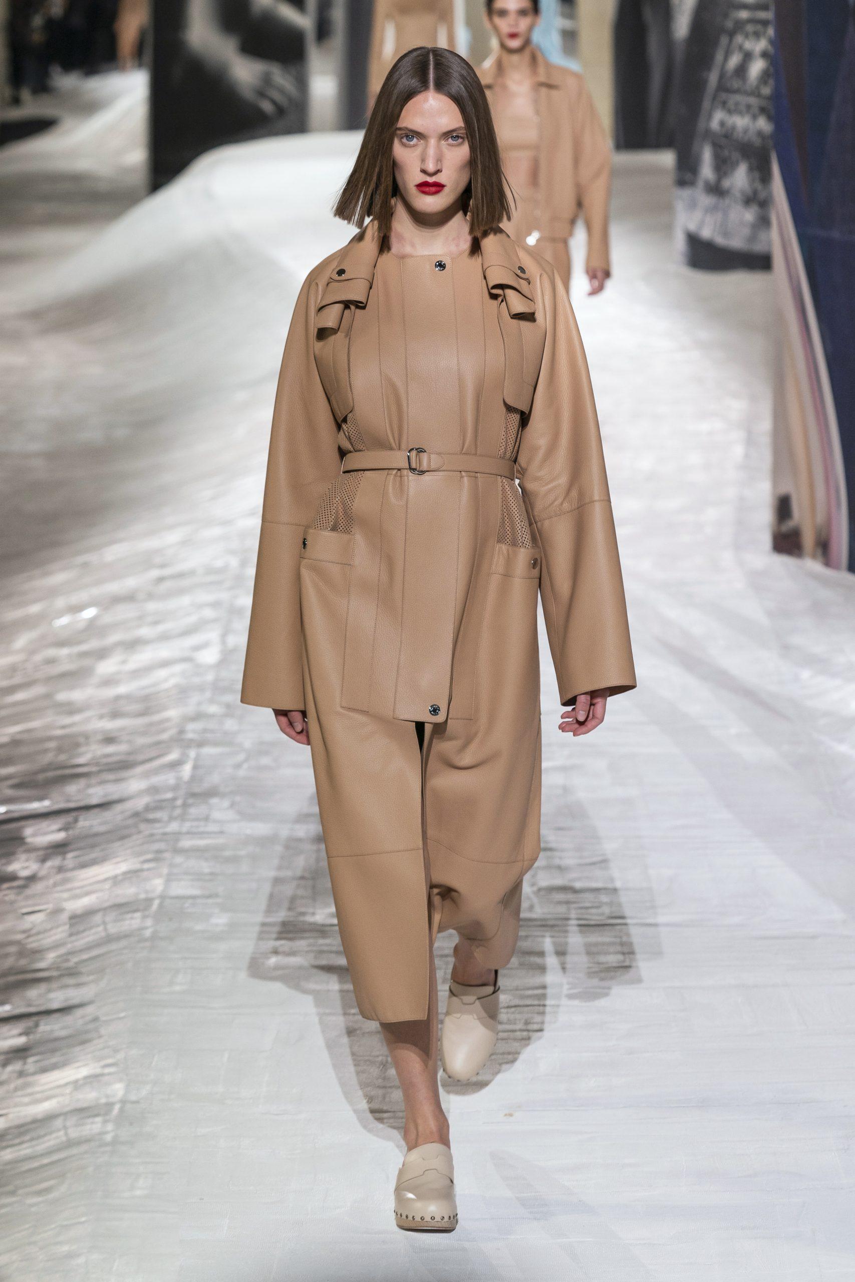 5. kép: Párizsi divathét - Hermès - 2021 tavasz-nyár - ready to wear