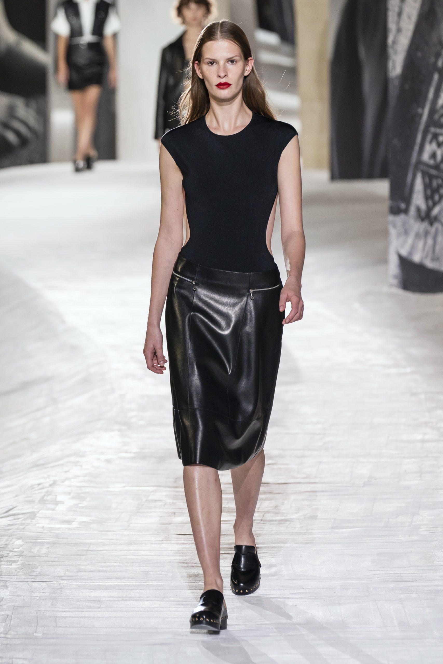 17. kép: Párizsi divathét - Hermès - 2021 tavasz-nyár - ready to wear