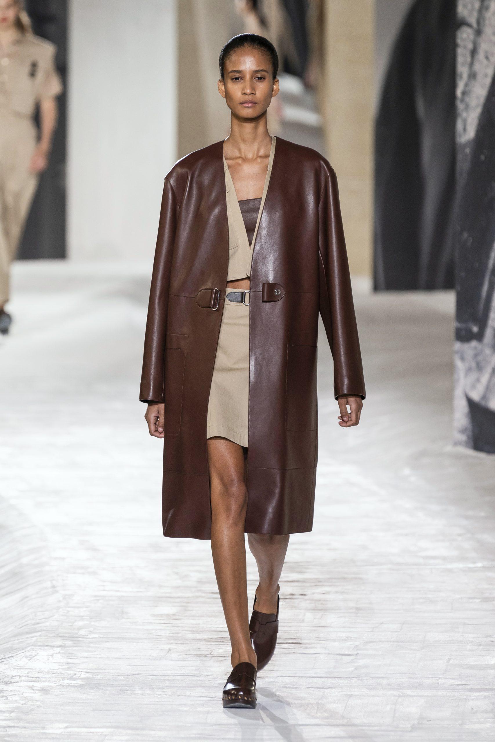 22. kép: Párizsi divathét - Hermès - 2021 tavasz-nyár - ready to wear