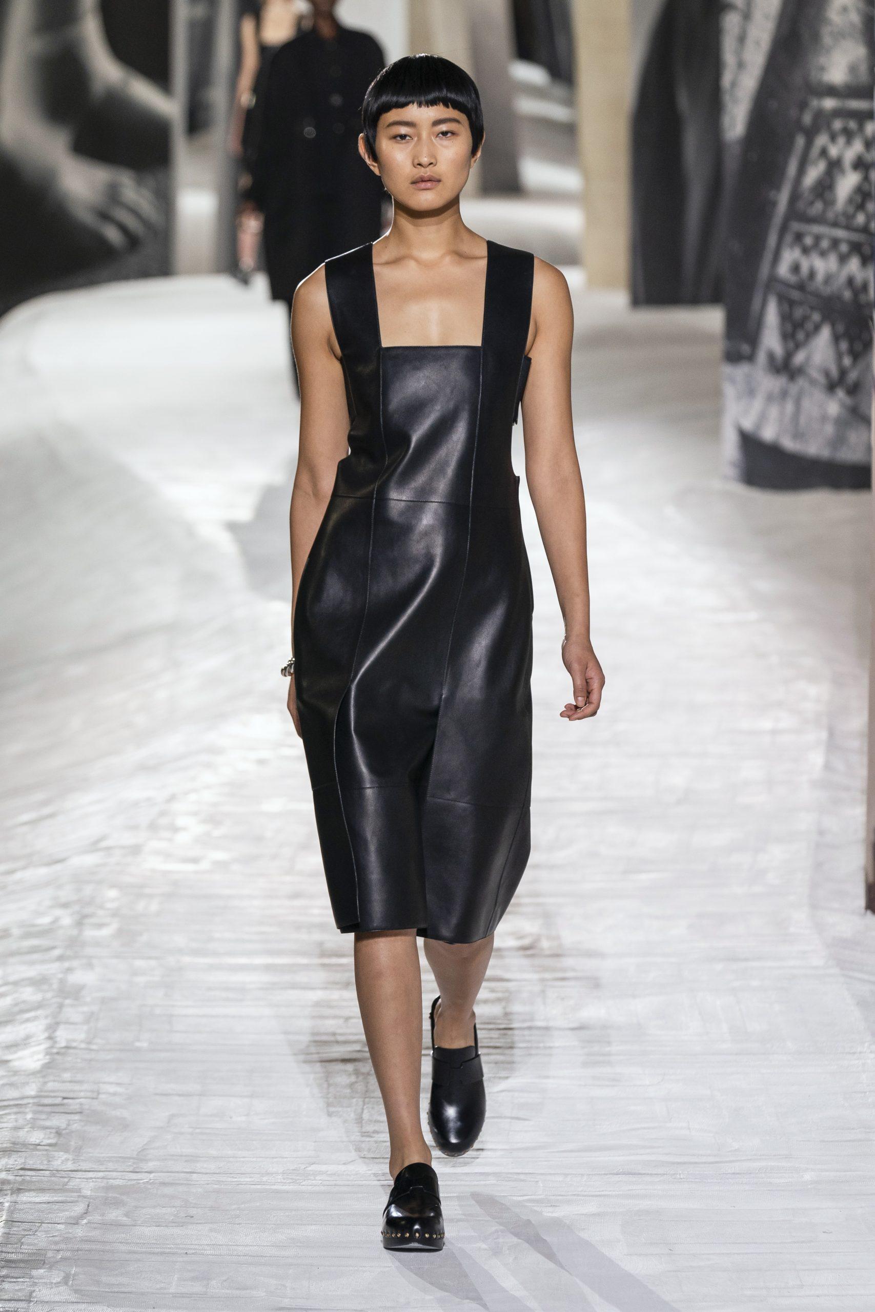 18. kép: Párizsi divathét - Hermès - 2021 tavasz-nyár - ready to wear
