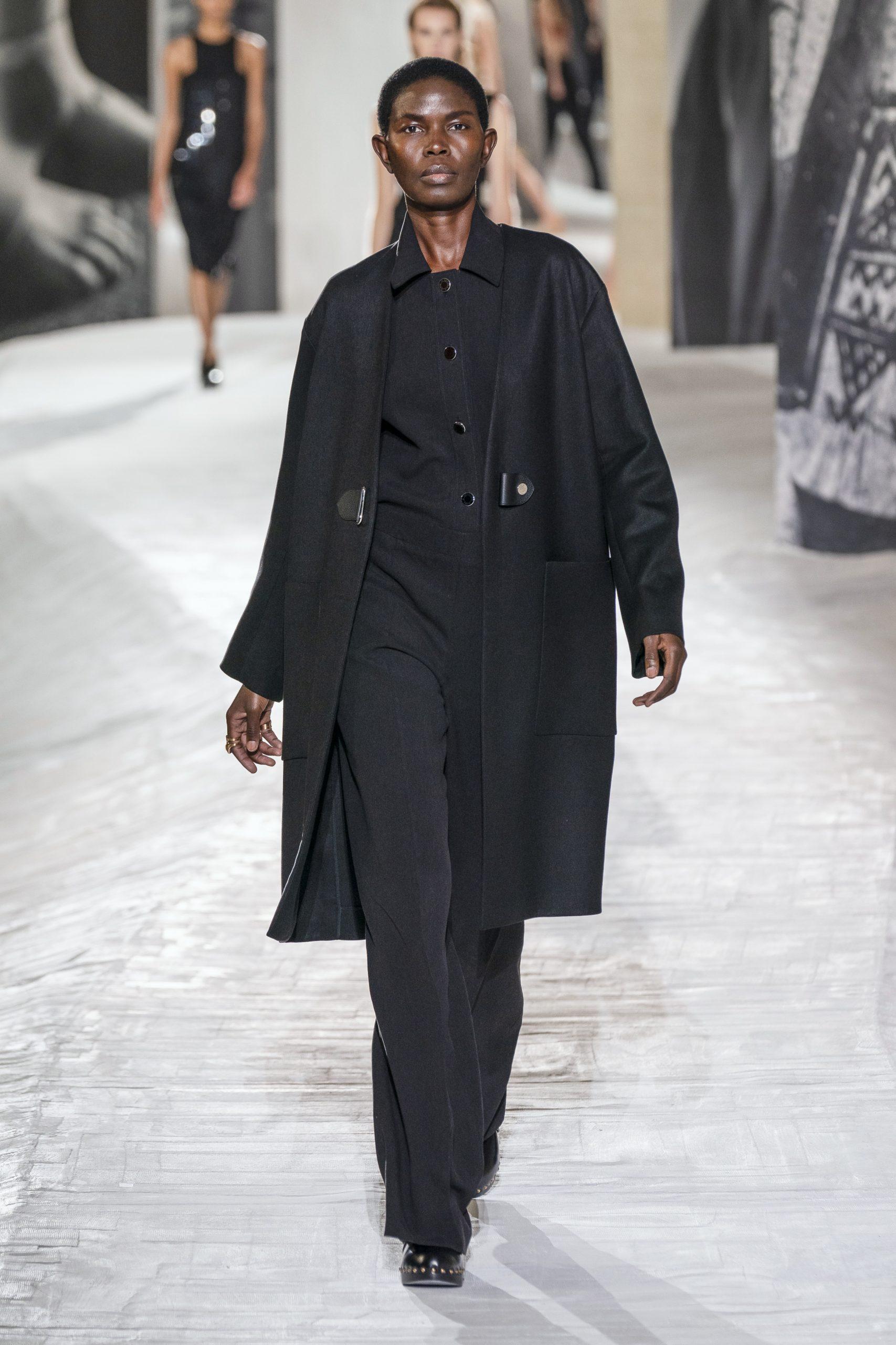 19. kép: Párizsi divathét - Hermès - 2021 tavasz-nyár - ready to wear