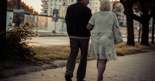 A bölcsesség megvéd a magánytól
