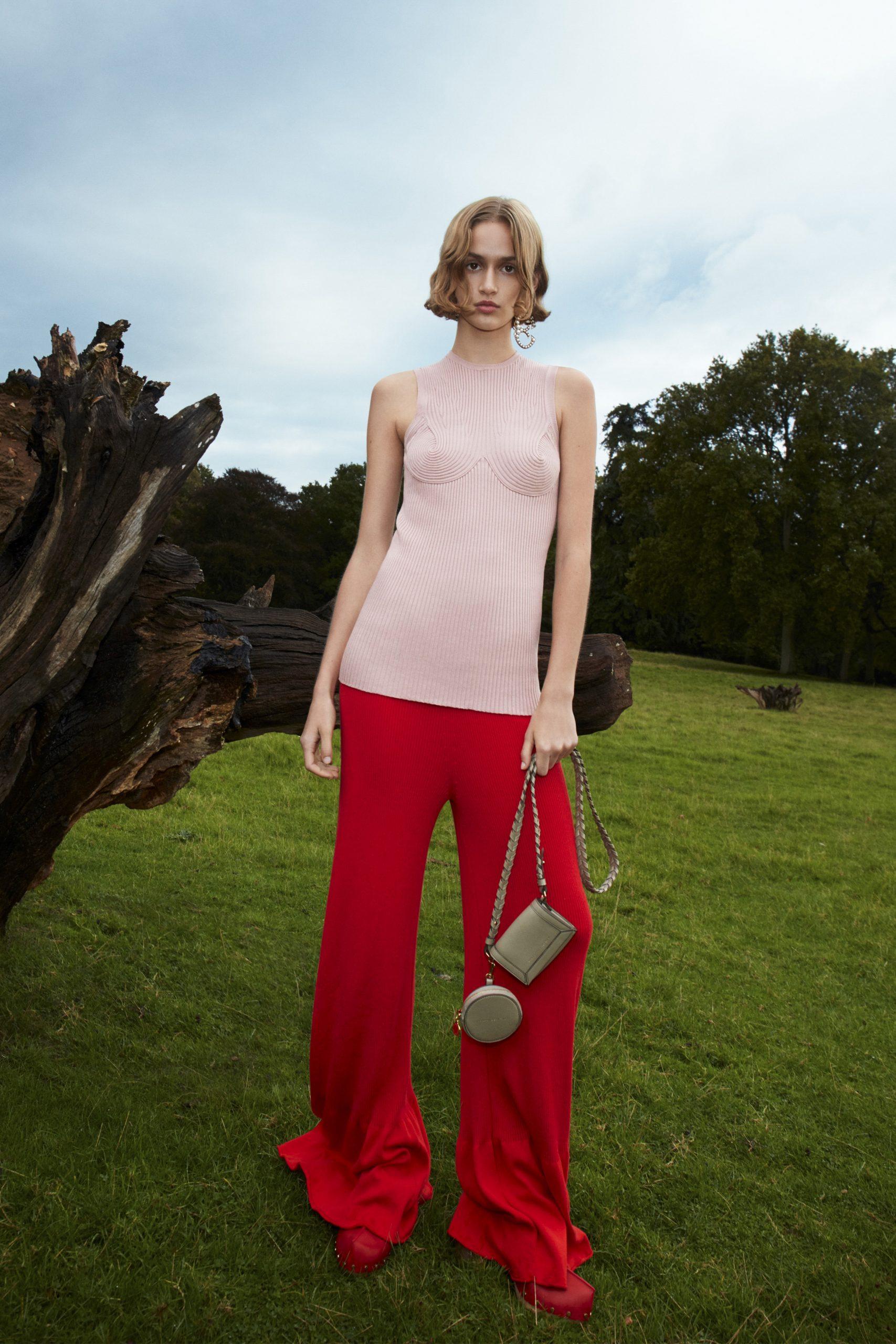 11. kép: Párizsi divathét - 2021-es tavaszi-nyári ready to wear kollekció - Stella McCartney