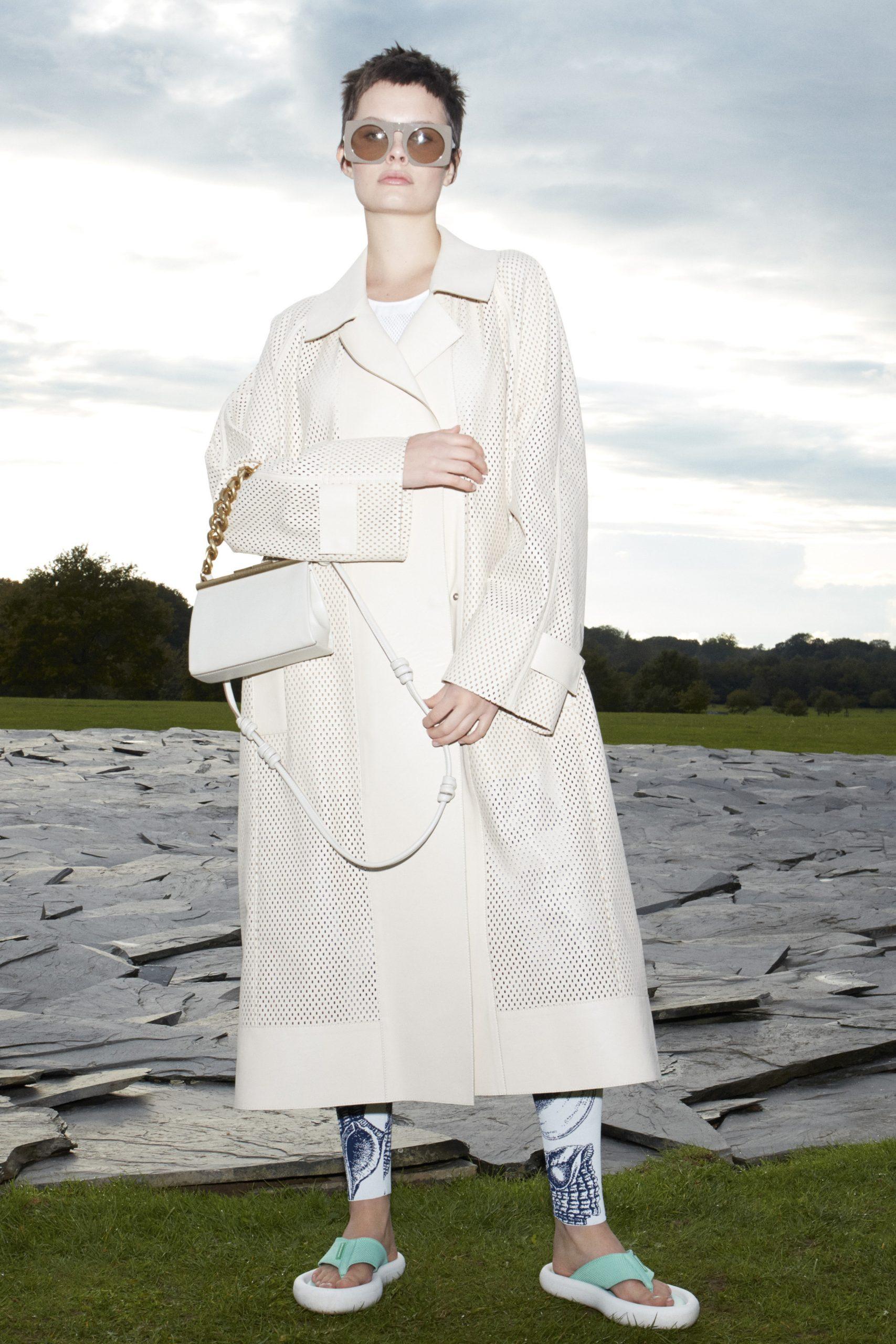 15. kép: Párizsi divathét - 2021-es tavaszi-nyári ready to wear kollekció - Stella McCartney