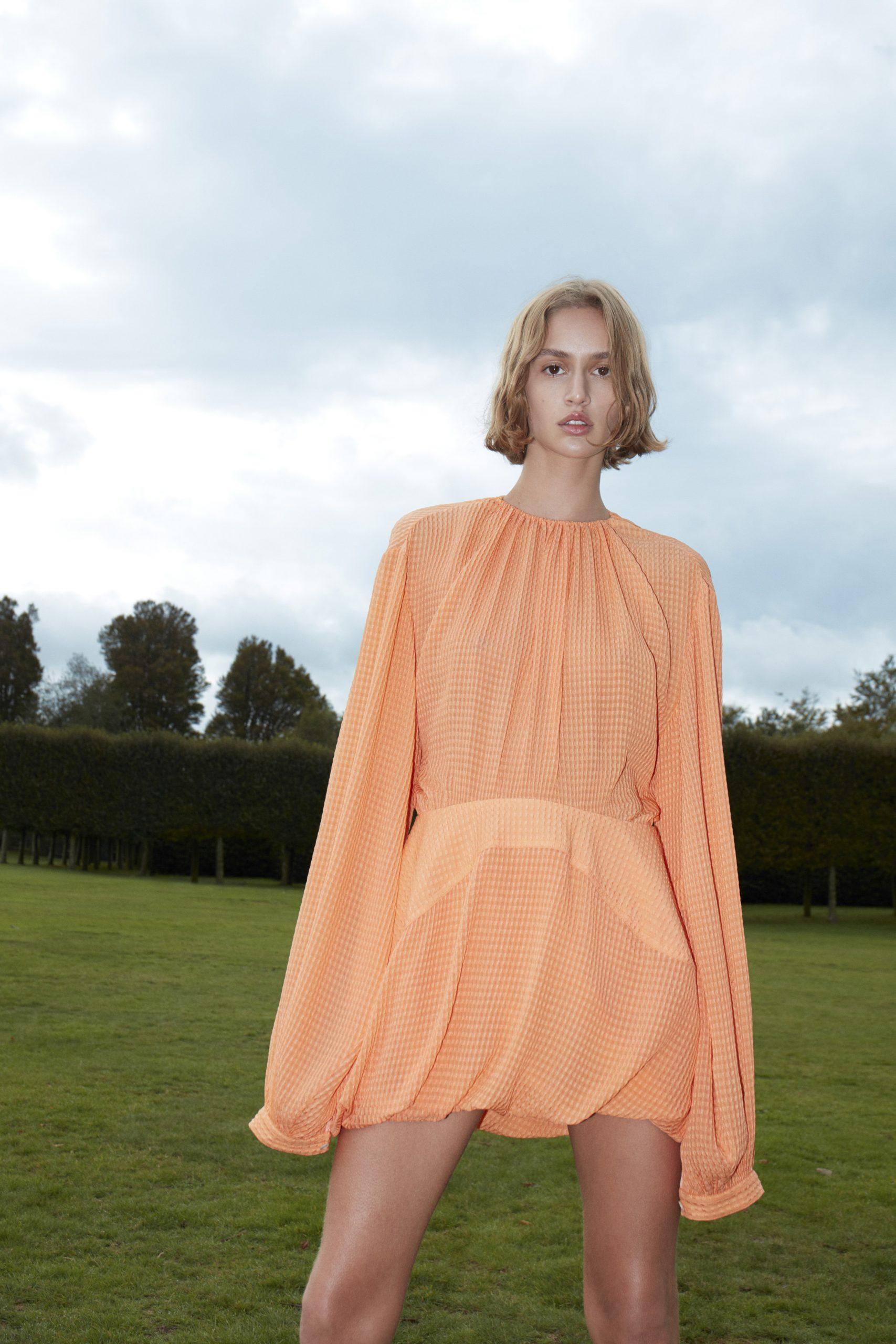 17. kép: Párizsi divathét - 2021-es tavaszi-nyári ready to wear kollekció - Stella McCartney