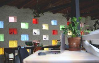 Ledőltek a munkahelyek falai – új megoldások