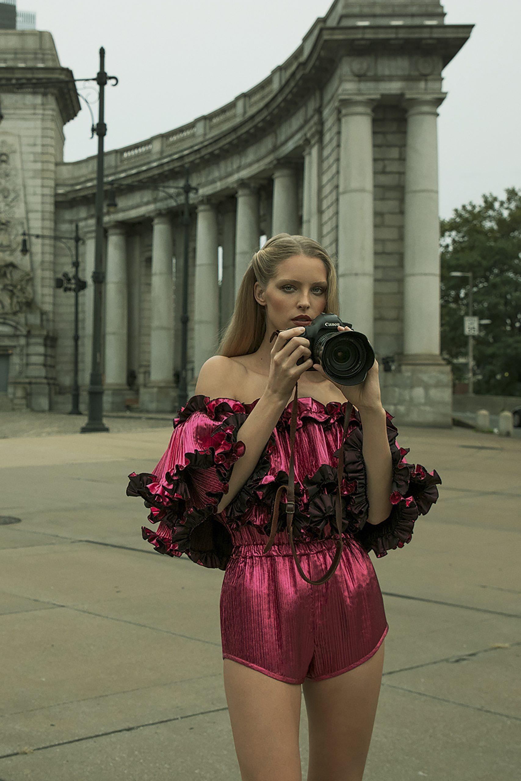22. kép: Párizsi Divathét - Alexandre Vauthier - 2021 tavasz-nyár - ready to wear