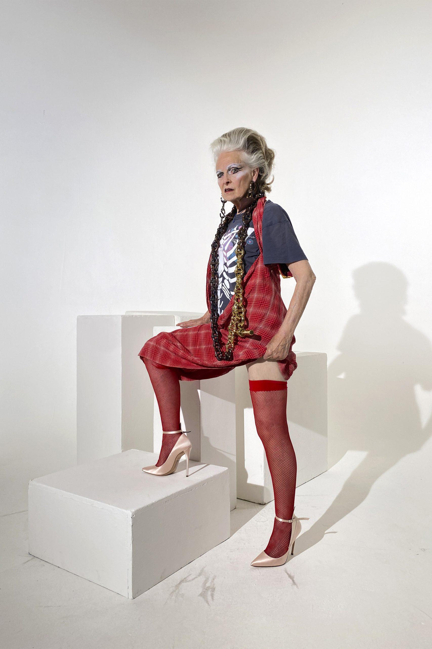 1. kép: Párizsi divathét - Andreas Kronthaler for Vivienne Westwood - 2021 tavasz-nyár - ready to wear