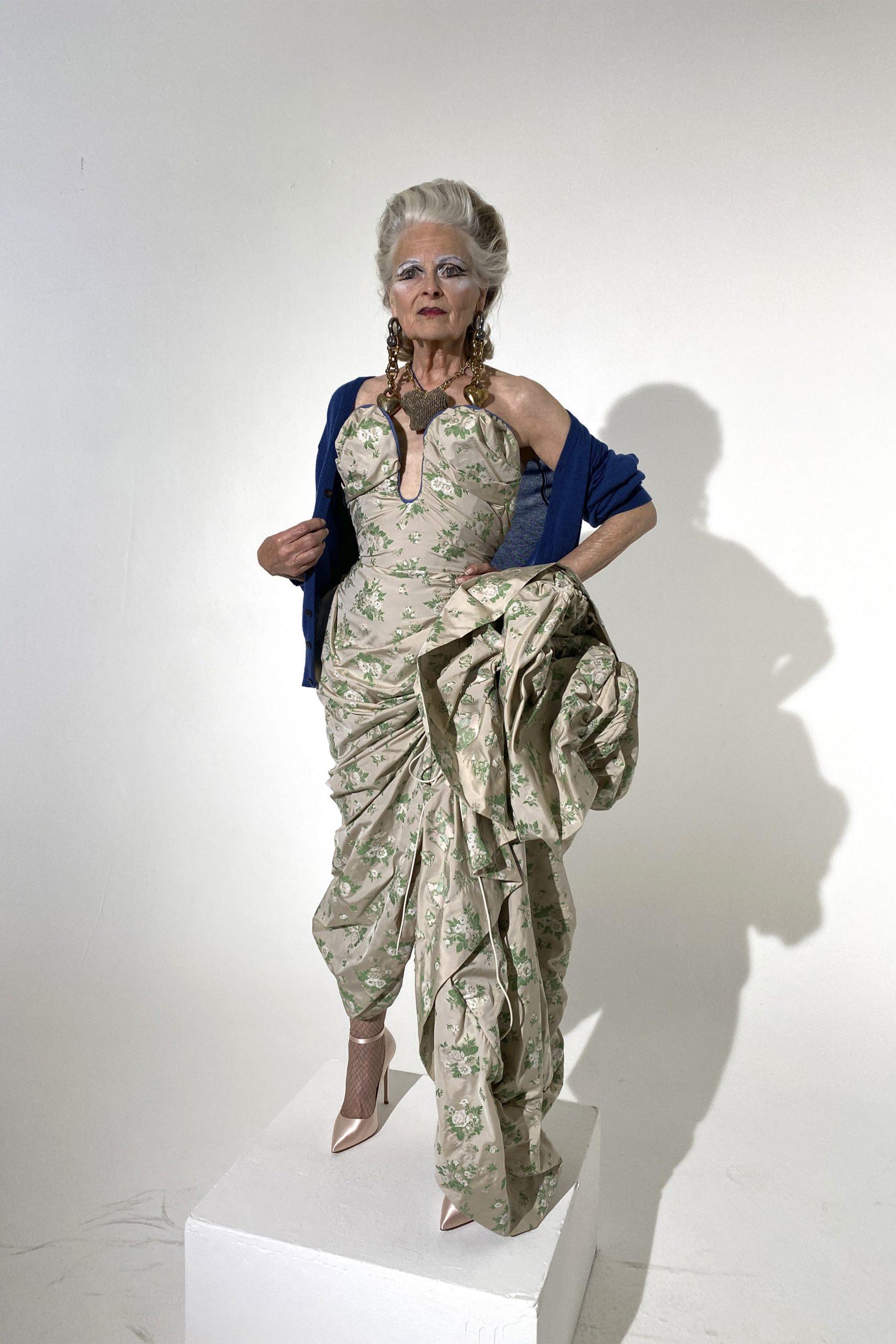 14. kép: Párizsi divathét - Andreas Kronthaler for Vivienne Westwood - 2021 tavasz-nyár - ready to wear