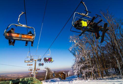 Ingyen síelhetnek és snowboardozhatnak az iskolások Eplényben