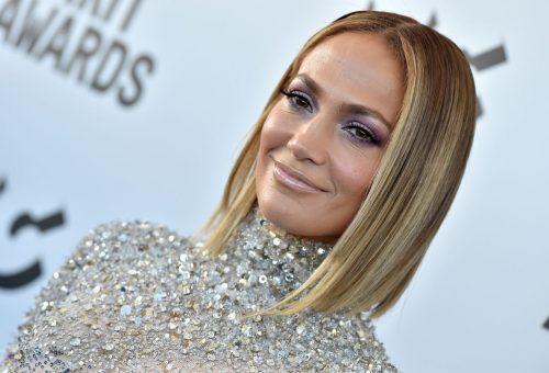 A koronavírus-járvány Jennifer Lopezt sem kíméli