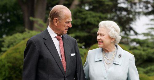 Sosem látott képeket posztolt a palota Fülöp hercegről