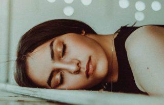 8 dolog, amit az alvásszakértők sosem tesznek elalvás előtt